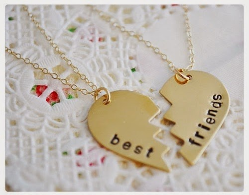 India Tv - Friendship Day gifts: Personalised gifts for Friendship's Day!