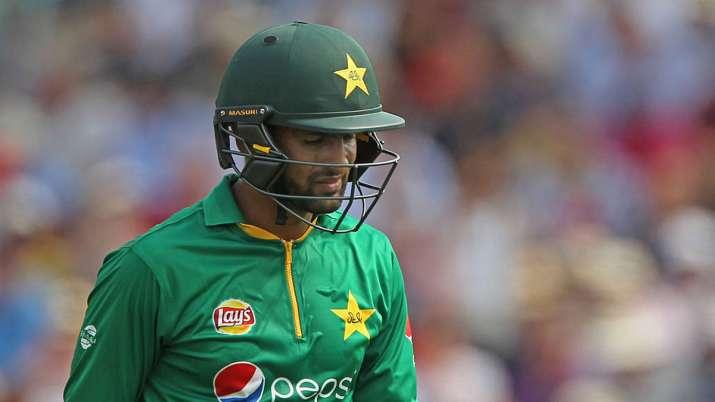 Shoaib Malik, Mohammad Hafeez set to lose central PCB