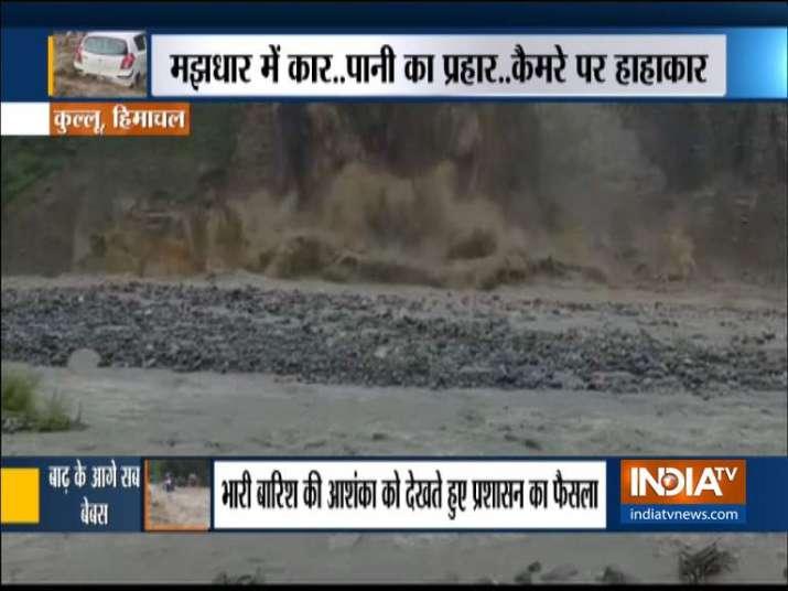 Himachal roads shut due to landslides, traffic movement on