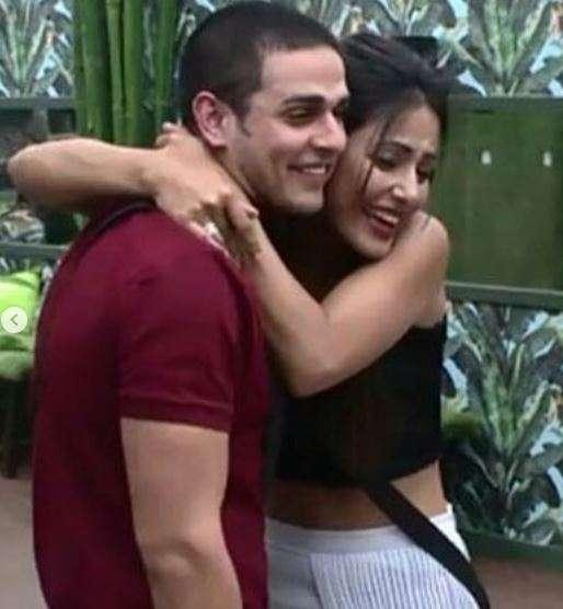 India Tv - Hina Khan and Priyank Sharma