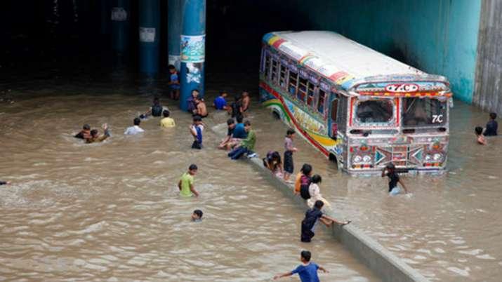 12 killed in Karachi after heavy rains lash Pakistan