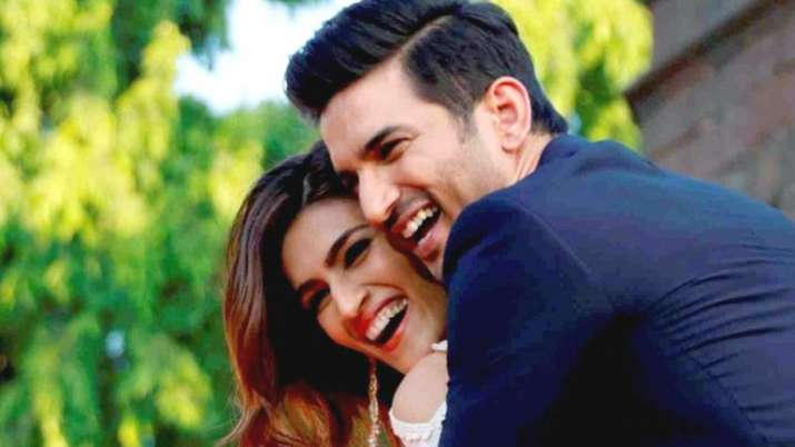 India Tv - Sushant Singh Rajput and Kriti Sanon