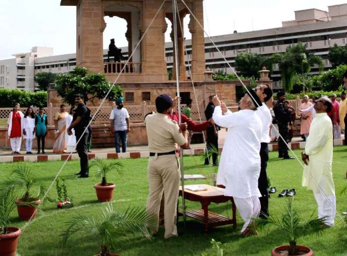 RSS celebrates I-Day, hails abrogation of Article 370