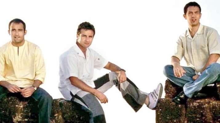 Dil Chahta Hai featured Aamir Khan, Dil Chahta Hai (2001) Akshaye Khanna, Saif Ali Khan, Preity Zint