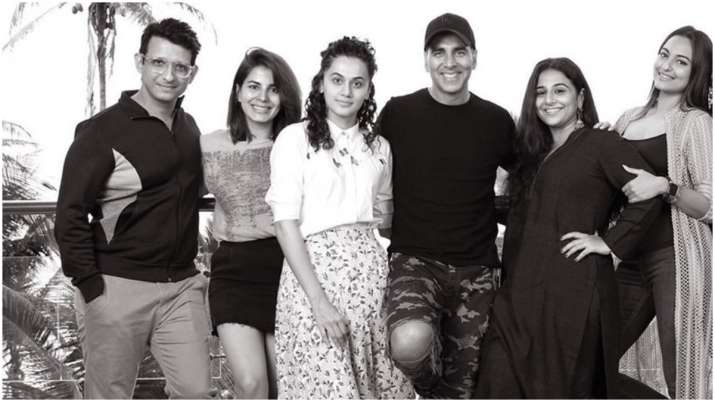 Mission Mangal Celeb Review: Bollywood gives thumbs up to
