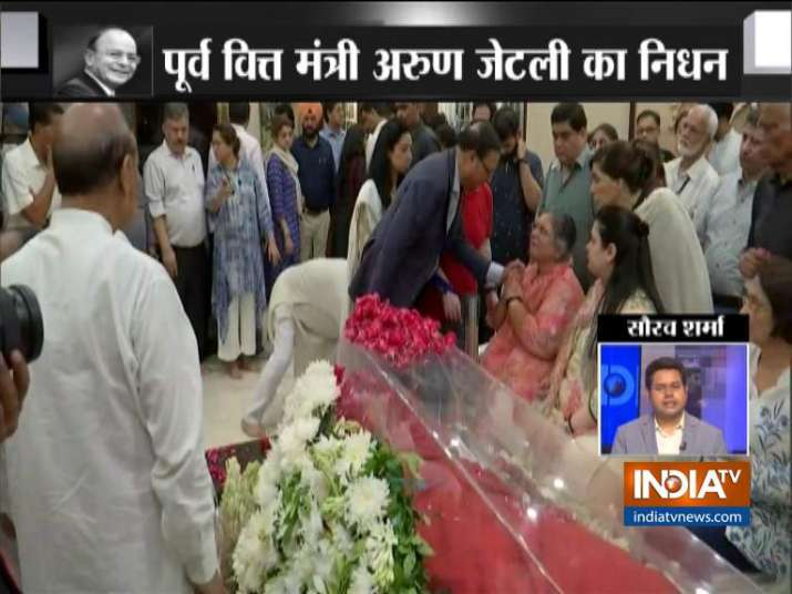 India Tv - India TV Chairman and Editor-In-Chief Rajat Sharma pays tribute to Arun Jaitley