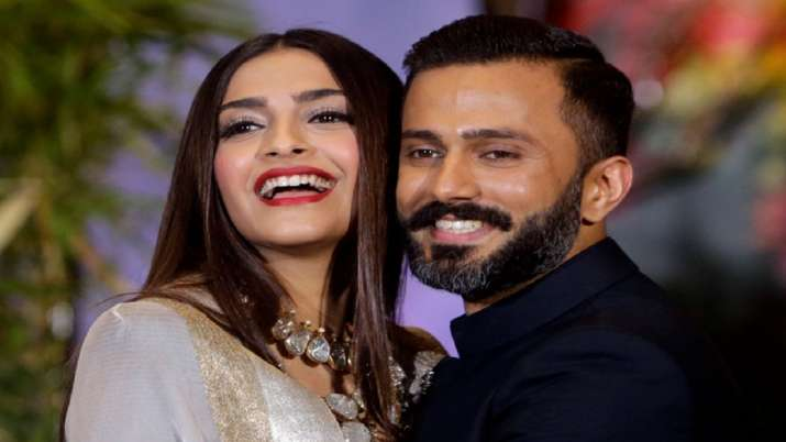 Anand Ahuja is terrible missing Sonam Kapoor but finds solution to deal with her absence