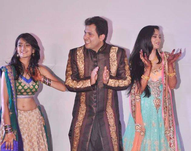 India Tv - Shweta, Palak and Abhinav
