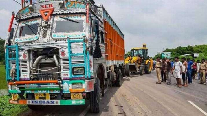 7 crushed to death in UP accident