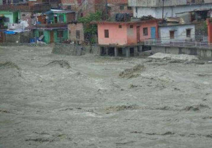 10 killed as heavy rains lash Uttarakhand