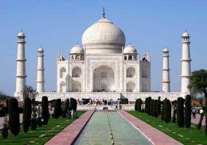 Sanitation workers at Taj Mahal end strike