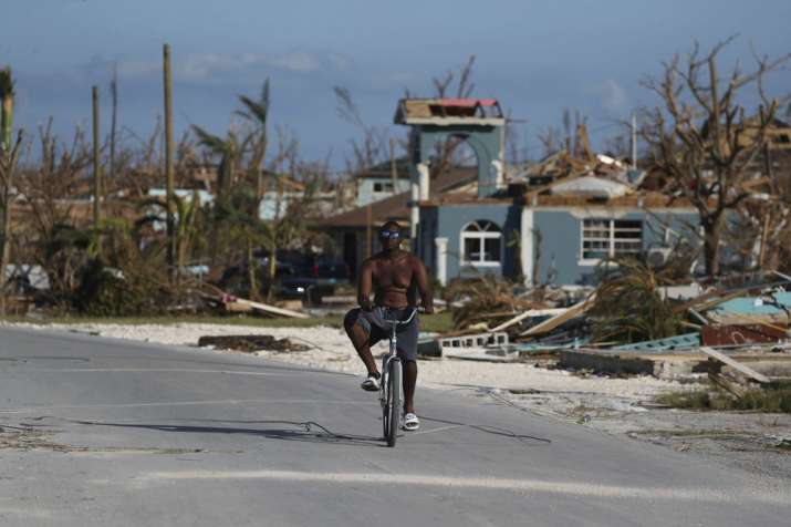 'Hour of darkness' for Bahamas; 43 dead, with toll to