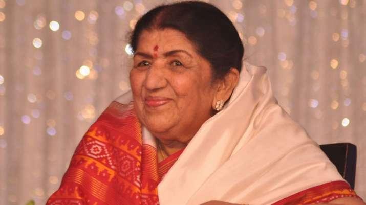 India Tv - Lata Mangeshkar finally reacts to Ranu Mondal's Ek Pyaar Ka Nagma Hai video, says, 'Imitation is not art'