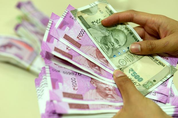 7th pay commission: Central govt employees expected to get
