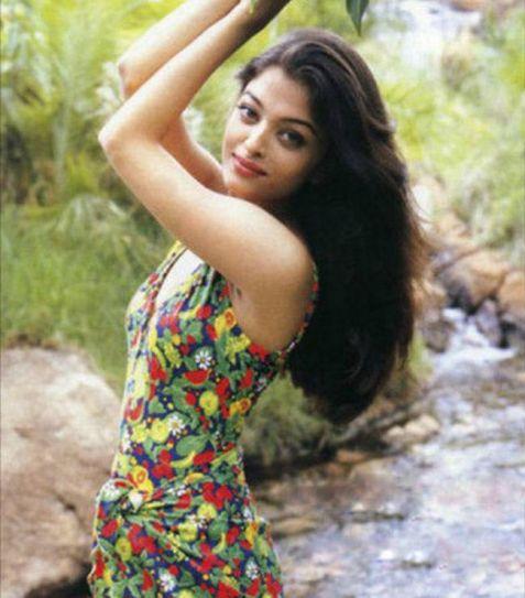 India Tv - Aishwarya Rai Bachchan during her old days
