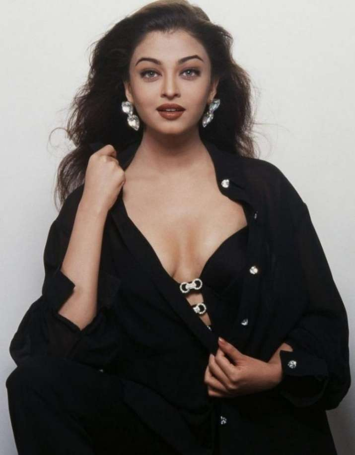India Tv - Aishwarya Rai Bachchan's old and rare pictures
