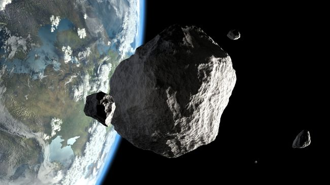 India Tv - NASA: 3 asteroids taller than 'Statue of Liberty' will shoot past earth today