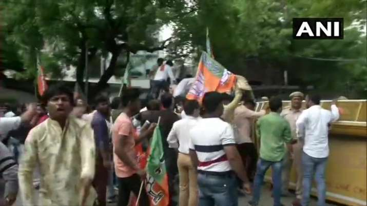 JNU sedition case: BJP youth wing members stage protest