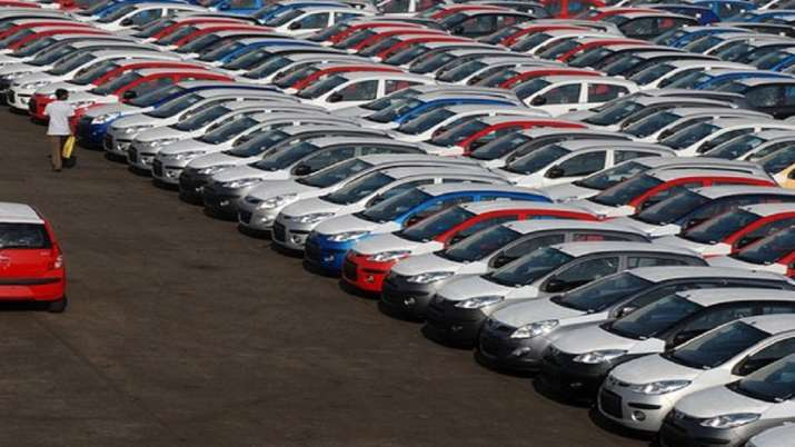 August car sales down by 41 per cent; bike 22 per cent: SIAM