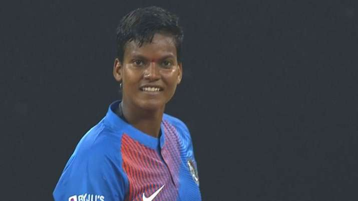 1st T20I: Deepti Sharma shines in India's 11-run win over South Africa