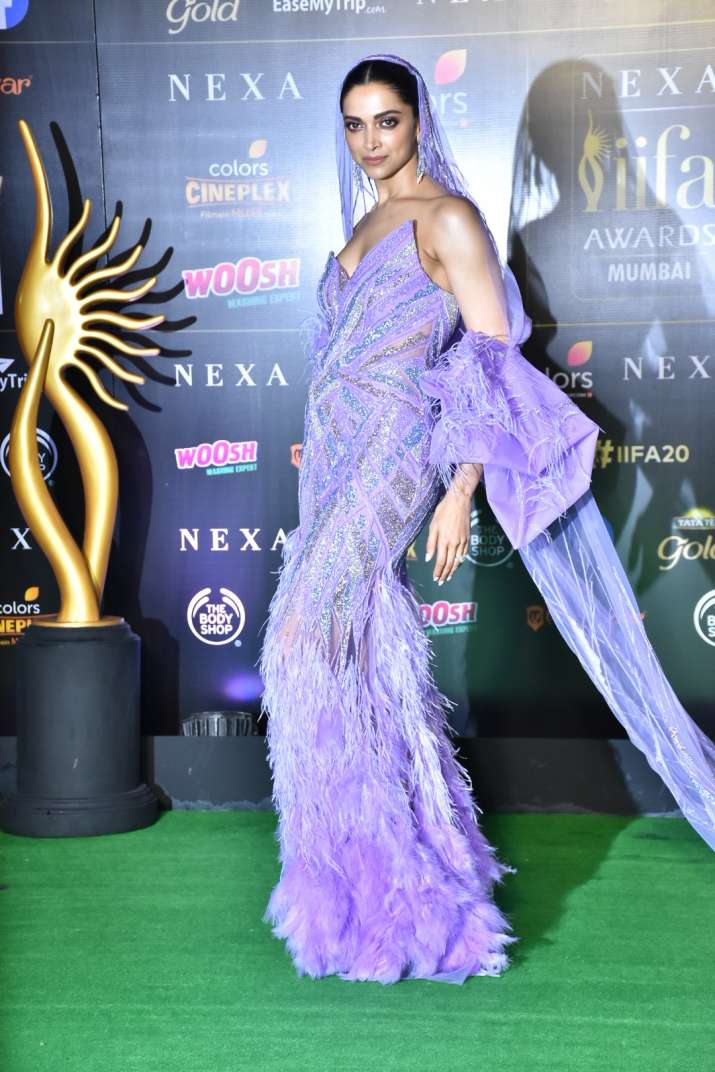 India Tv - Deepika at IIFA 2019