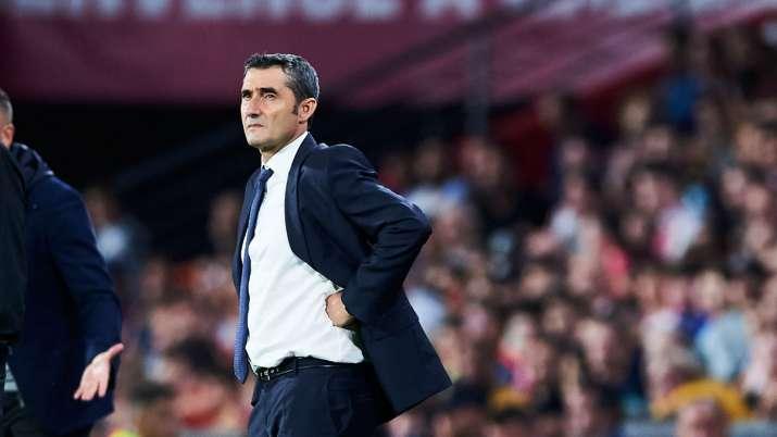 Fc Barcelona Manager Ernesto Valverde To Shape Up Or Ship Out Lionel Messi Antoine Griezmann Suarez Soccer News India Tv