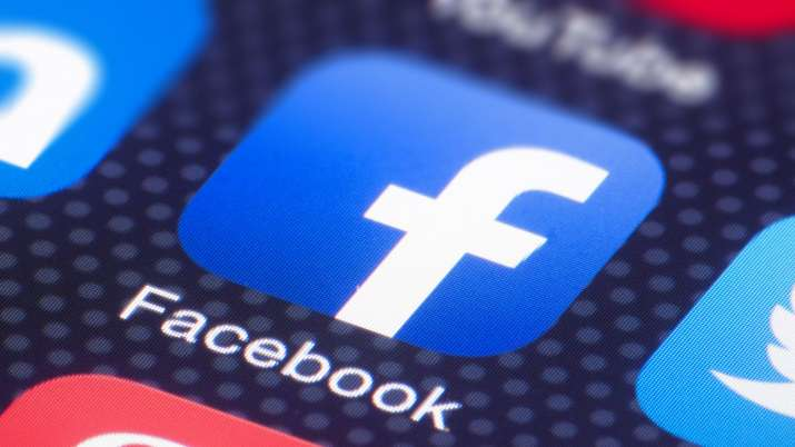 400 million Facebook users' phone numbers LEAKED in privacy