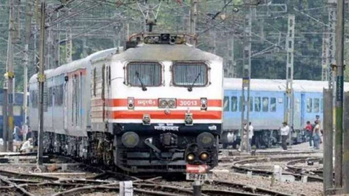 IRCTC proposes taxi, baggage services on for 2 Tejas routes
