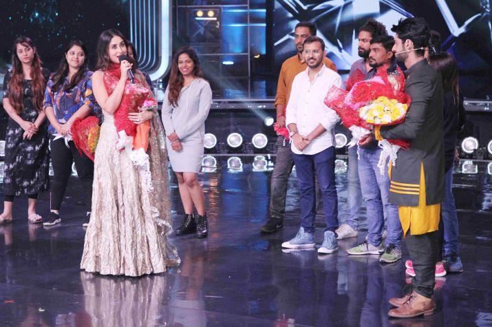 India Tv - Kareena Kapoor Khan on DID 7 stage