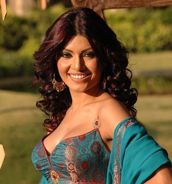 India Tv - Bigg Boss 13: Everything to know about Koena Mitra aka Saki girl