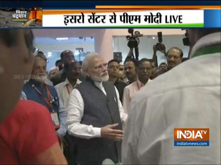 Be courageous: In two words PM Modi tries to shed away