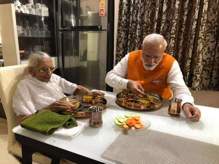 India Tv - PM Modi meets mother Heeraben on his 69th birthday