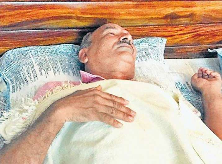 India Tv -  61-year-old Ram Mehar who was left inside MRI machine