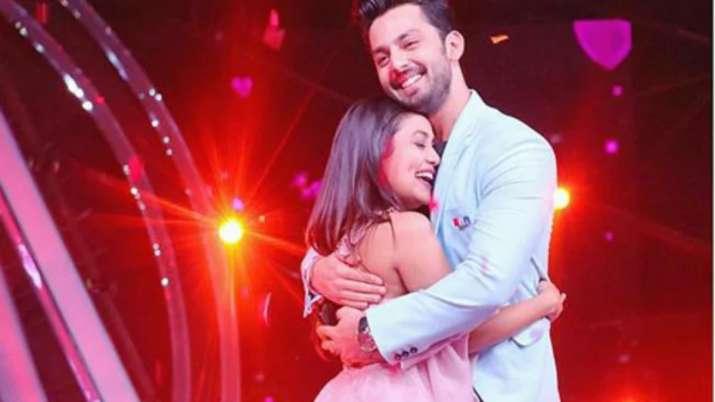 India Tv - Neha Kakkar and Himansh Kohli on Indian Idol 10