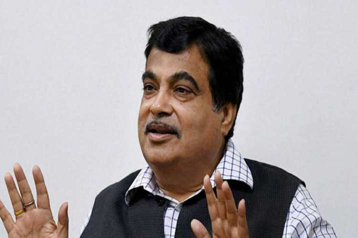 nitin gadkari fined, traffic violation