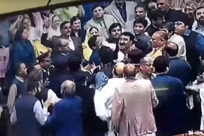 Action in Pakistan Parliament: Minister engages in scuffle