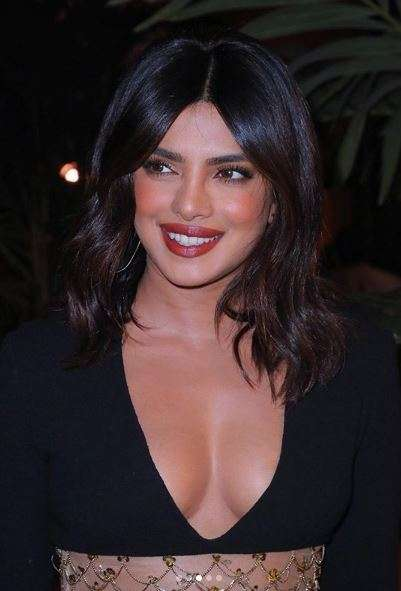 India Tv - Priyanka in minimal makeup