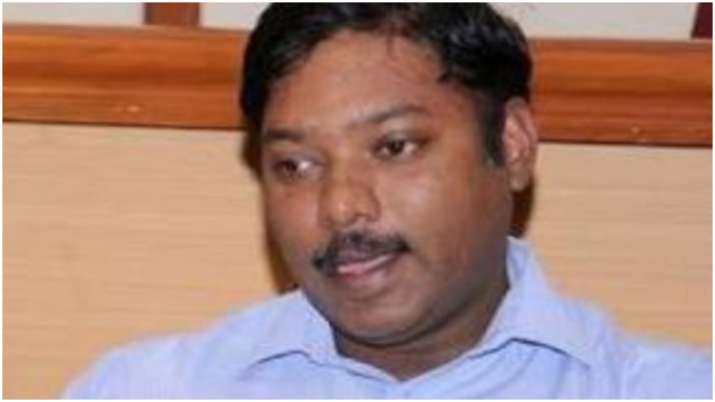Another IAS officer Shashikanth Senthil resigns, says democracy compromised