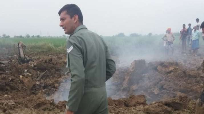 MiG 21 trainer aircraft crashes in Gwalior