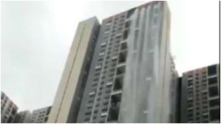 Video: Mumbai's Cuffe Parade skyscraper turns into