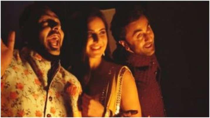 Pics of ex-lovers Ranbir Kapoor, Katrina Kaif with rapper