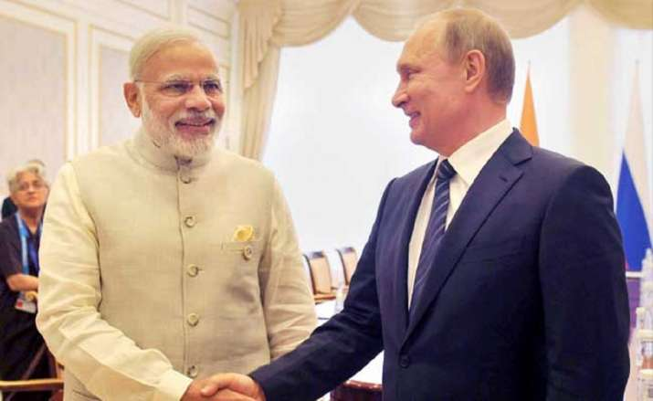 Putin invites Indian PM to visit Moscow for 2020 Victory