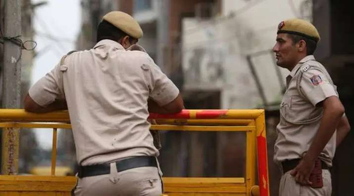 Delhi: Group of 4 assault police constable in Amar Colony