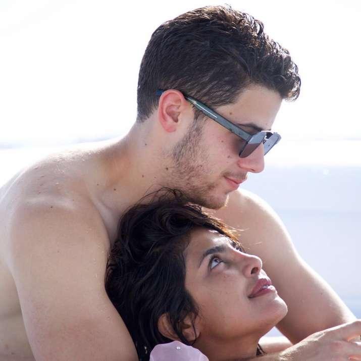 India Tv - Nick and Priyanka