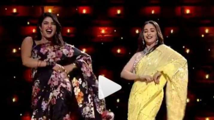 Madhuri Dixit replaces Deepika Padukone as she dances with Priyanka Chopra on Pinga song