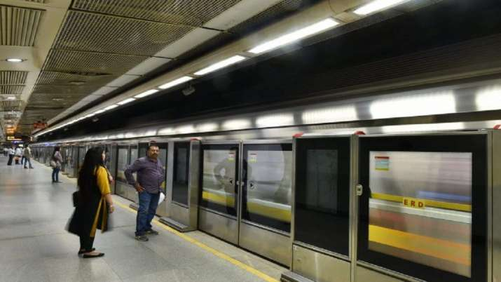 Delhi: Woman kills self by jumping before metro train,