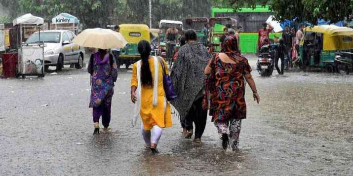 Heavy rains dampen north India's major Ram Lila celebrations