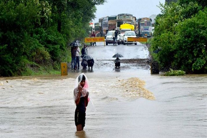 Heavy rains causes water logging at several places in Jammu