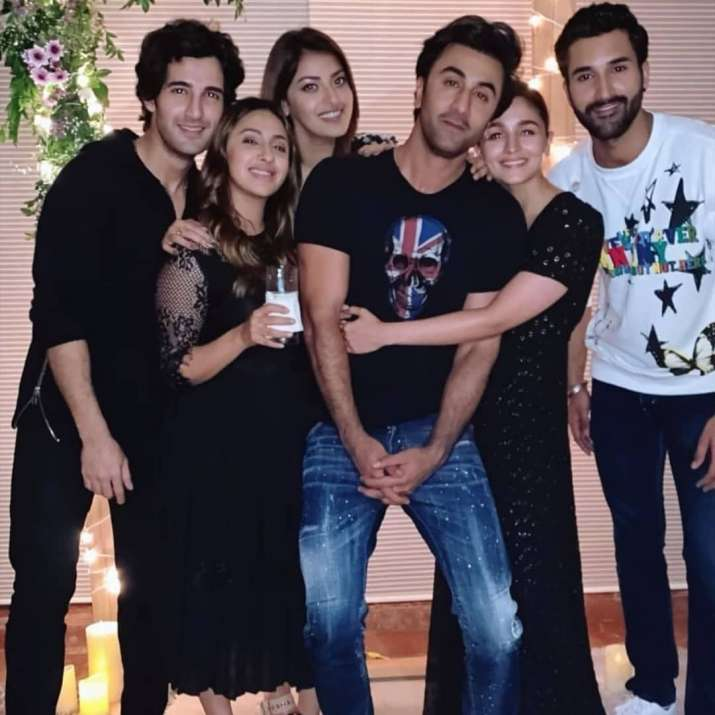 India Tv - Alia Bhatt and Ranbir Kapoor's PDA at the birthday party