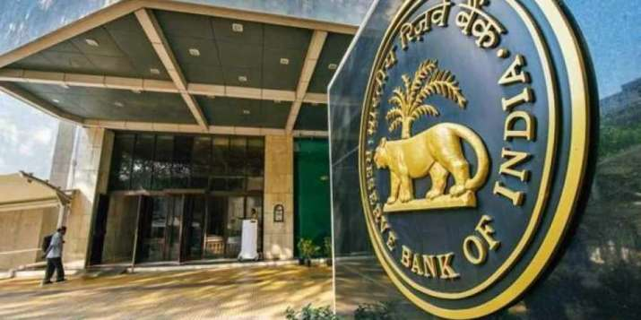 RBI asks banks to link all new floating-rate loans for
